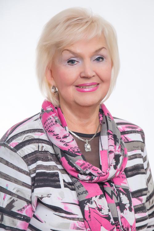 Светлана Макаева