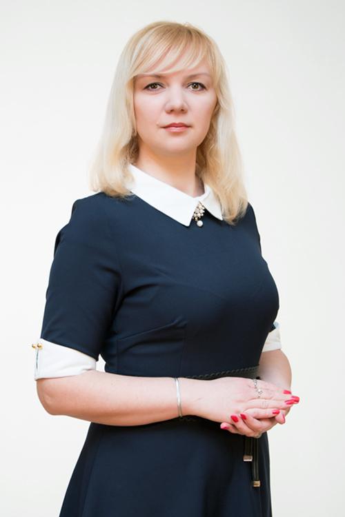 Устинова Юлия