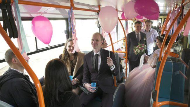 Свадебный троллейбус