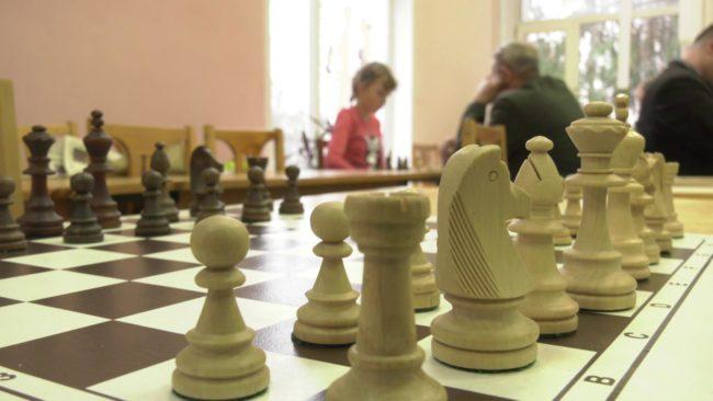 turnir po shahmatam 650x366 - Шахматный темпо-турнир собрал в Витебске более 100 участников (видео)