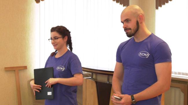 volonterskaja pomoshh invalidam 650x366 - Волонтёры будут помогать инвалидам на избирательных участках (видео)