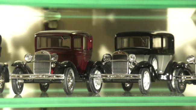 kollekcija mashinok2 650x366 - Житель Витебска собрал коллекцию почти из 900 авто (видео)