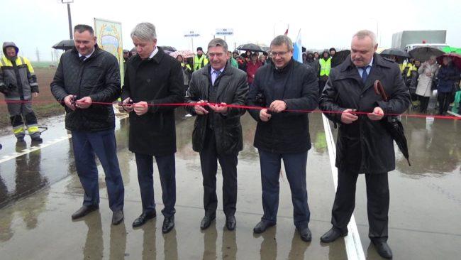 novaja betonnaja doroga 650x366 - Дорога с цементобетонным покрытием появилась в Витебской области (видео)