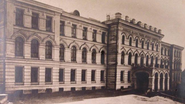 rekonstrukcija uchilishha 650x366 - Реконструкция бывших корпусов городской больницы началась в Полоцке (видео)