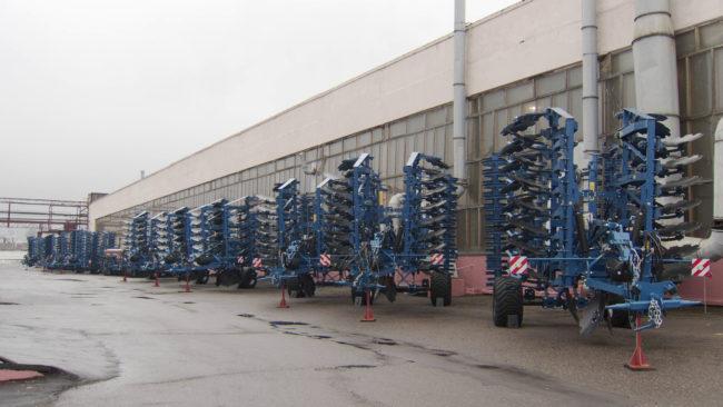 motororemontnyj zavod 650x366 - Витебский мотороремонтный завод занялся восстановлением импортной техники (видео)