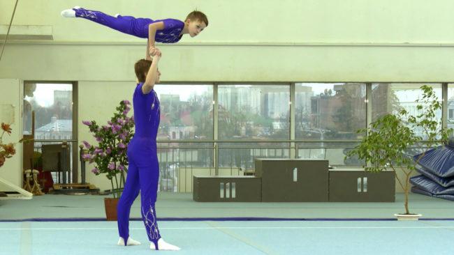 akrobatika 650x366 - Звёзды белорусской акробатики собрались в Витебске (видео)