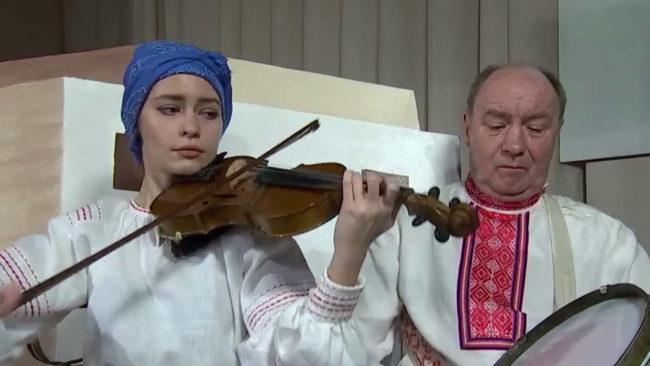 obrjad 650x366 - Столбовой обряд белорусской свадьбы возрождают под Витебском (видео)