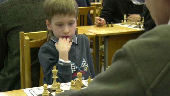 shahmaty 650x366 - Шахматисты из трёх стран сразились на темпо-турнире в Витебске (видео)