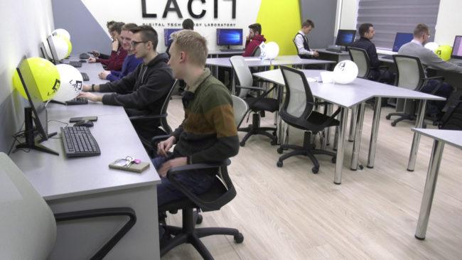 intellekt 650x366 - Лаборатория искусственного интеллекта появилась в ВГУ имени Машерова (видео)