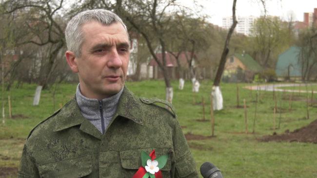 orlov subbotnik 650x366 - Республиканский субботник-2020. Как он прошёл в Витебске? (видео)
