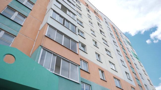 lifty 650x366 - В витебских многоэтажках меняют лифты. Чем отличаются новые? (видео)