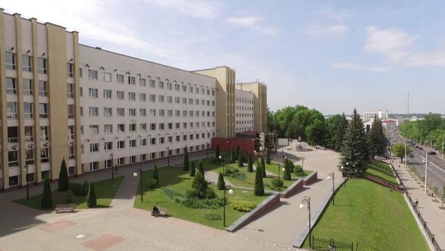 raspredelenie 650x366 - Караник принял участие в распределении выпускников ВГМУ (видео)
