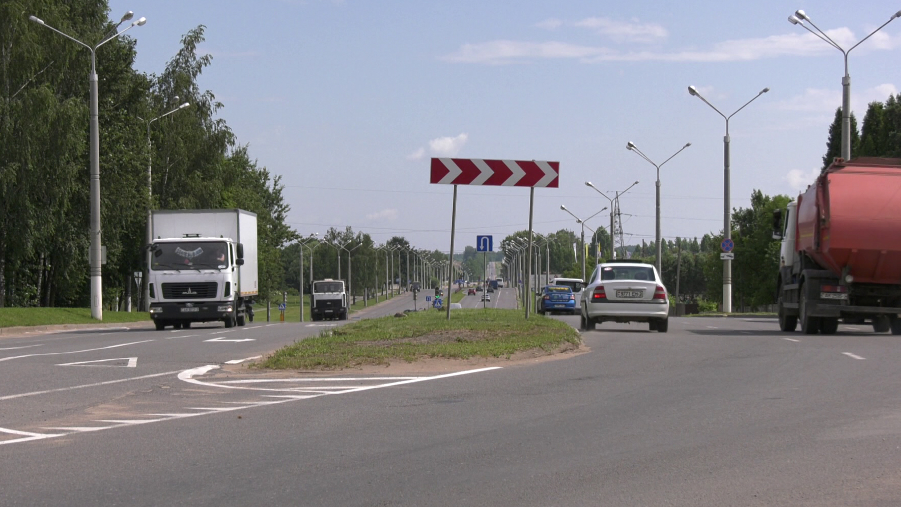 gagarina 21 ijulja - Демонтаж трамвайных путей начался на улице Гагарина в Витебске (видео)