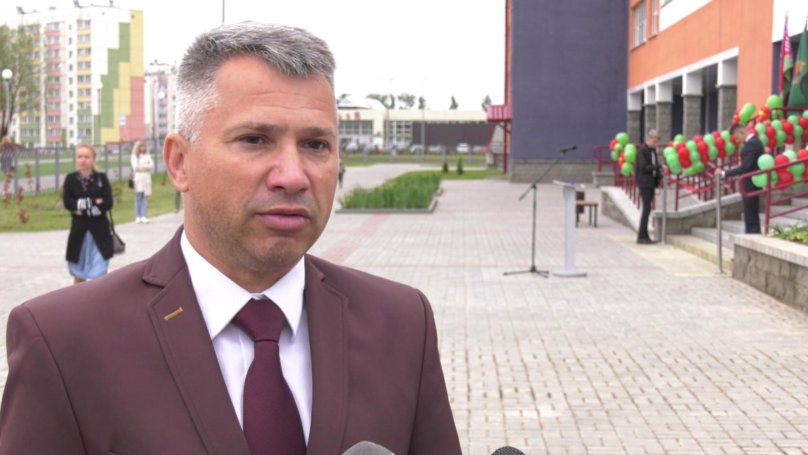 shkola v bilevo - Новая школа в Витебске приняла учащихся (видео)