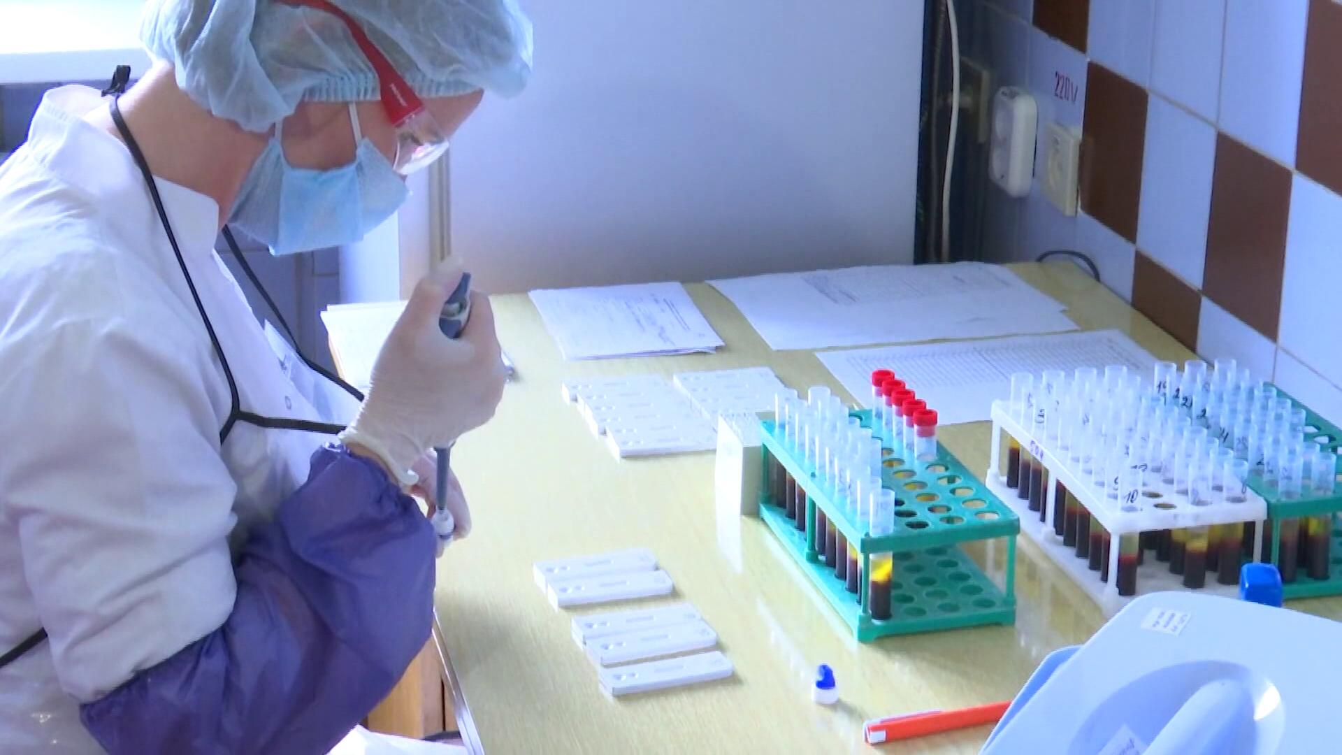 koronavirus 1 - В Витебской области снижается заболеваемость COVID-19 (видео)