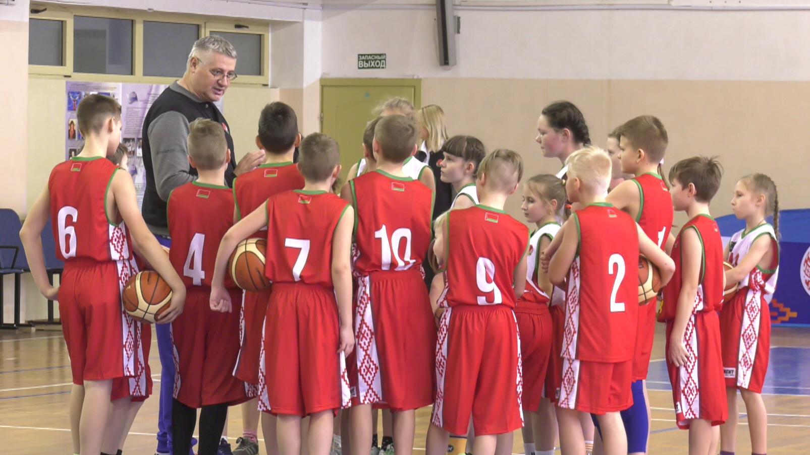 basket - Шаг в будущее. Баскетбольный семинар в Витебске (видео)