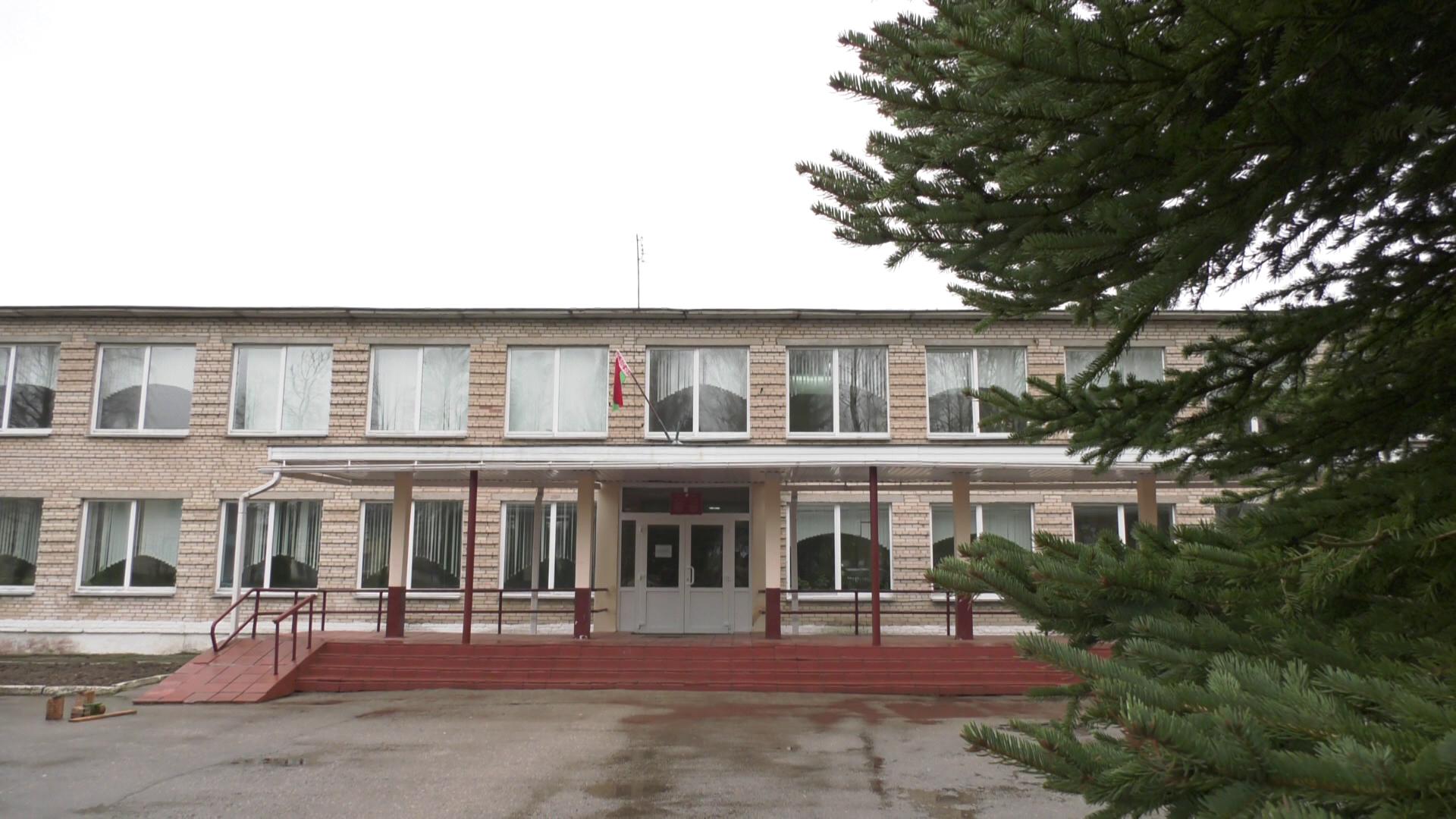 shkola - Жители агрогородка Будилово пытаются сохранить школу для детей (видео)