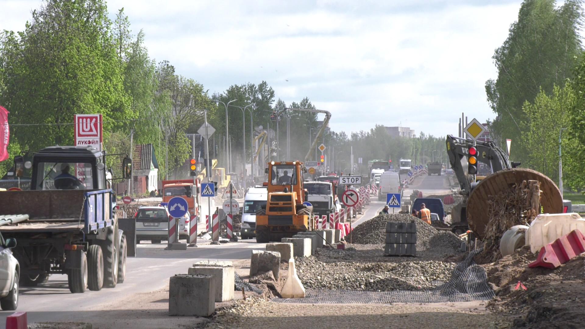 gagarina - В Витебске продолжается реконструкция улицы Гагарина (видео)